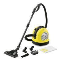 Tow vacuum cleaner